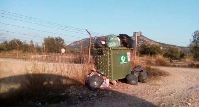 El PP denuncia la falta de recogida de basura en distintas partidas de Villena