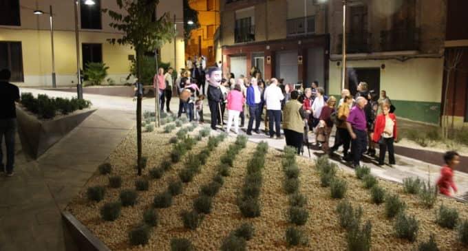 Inauguran la plaza Pascual Domenech