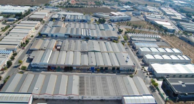 Corte de suministro de agua potable en el polígono industrial El Rubial