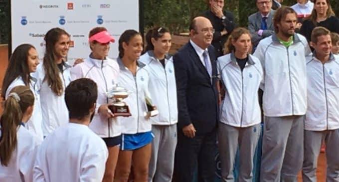 Tita Torró gana el campeonato de tenis absoluto de España por equipos con el CT Barcino