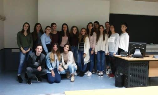 Los estudiantes de Publicidad de la Universidad Murcia proponen sus alternativas a la campaña de la abuela Virtu