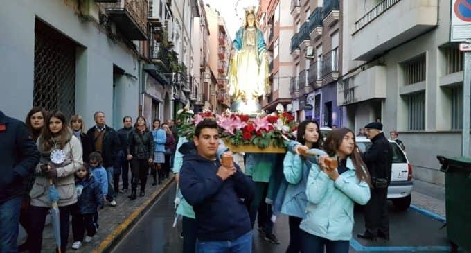 El colegio Nuestra Señora de los Dolores celebra la festividad de la Virgen Milagrosa