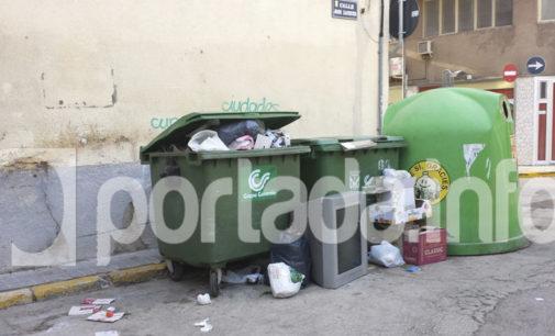 Dos de las tres rutas de recogida de basura se quedaron sin servicio el pasado sábado