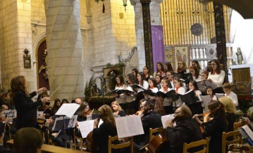 La Orquesta de la Sociedad y el Coro de las Paulas realizan un concierto a Beneficio de Cáritas