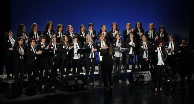 El Teatro Chapí cierra su programación 2017 con el concierto del Coro femenino CCPINK