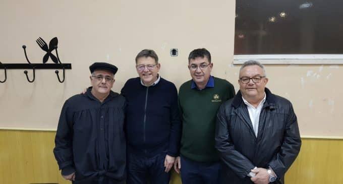 El presidente de la Generalitat vive con intensidad las fiestas del Rei Pàixaro en Biar