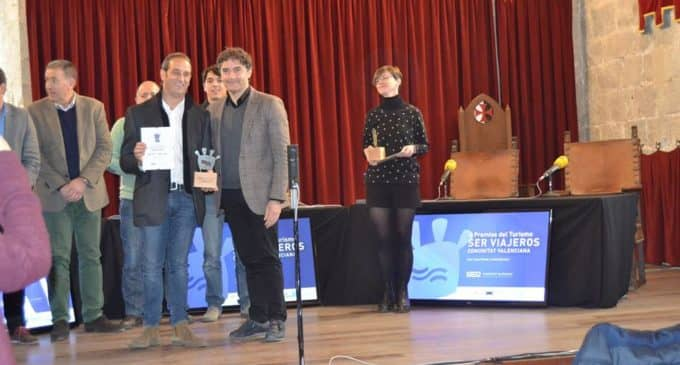 """El programa """"Ser Viajeros Comunidad Valenciana"""" premia a la  asociación de vecinos El Rabal por las Fiestas del Medievo de Villena"""