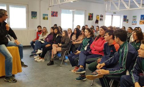 Alberto Coto, record guinness de cálculo mental, en el colegio La Encarnación en Villena
