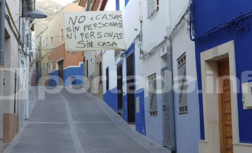 Pancartas contra el desahucio