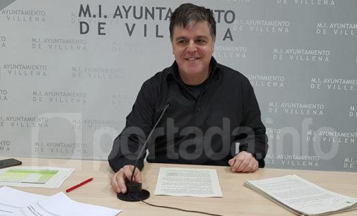 El PSOE denuncia el incumplimiento del último contrato de la piscina cubierta