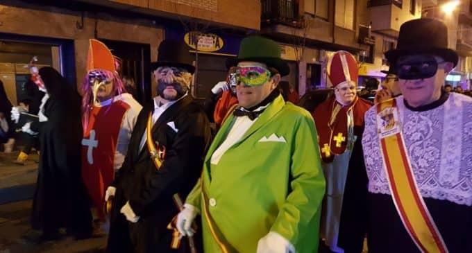 El Entierro de la Sardina cierra el carnaval de Villena