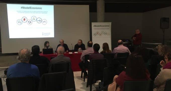 La directora de Sector Público y Modelo Económico visita Villena