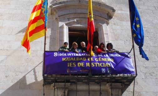 Apoyo del Ayuntamiento de Villena al 8 de marzo