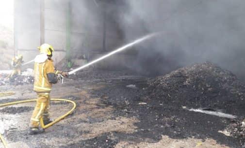 Incendio en la planta de residuos industriales