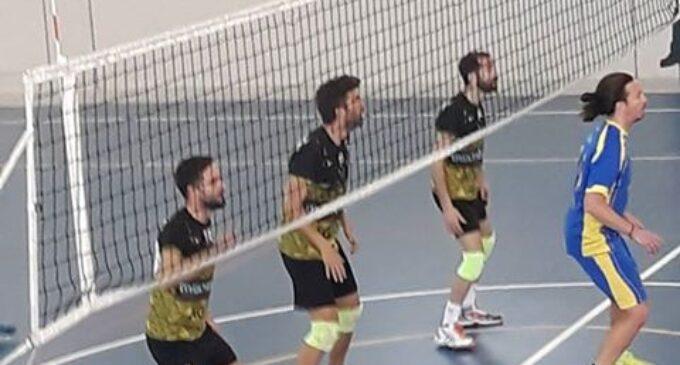 Primer partido tras la fusión del  Club Voleibol Villena y el Santo Domingo de Petrer