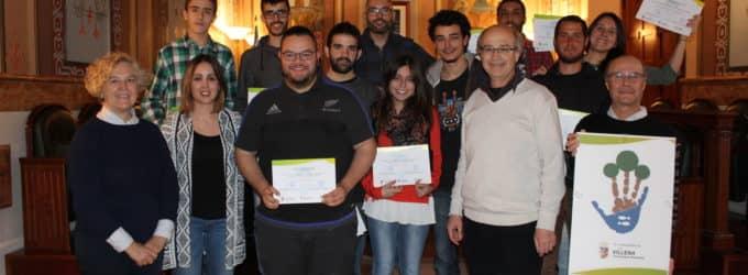 Entrega de diplomas a los voluntarios medioambientales