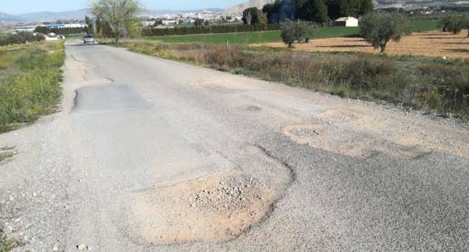 Diputación invertirá casi 157.000 € en adecuar dos caminos en Villena y en el alumbrado de La Encina