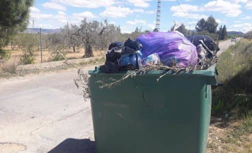 El PP denuncia las carencias de la recogida de basura en los parajes de Villena