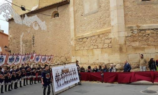 El tiempo da un respiro en la Entrada de Moros y Cristianos de Biar