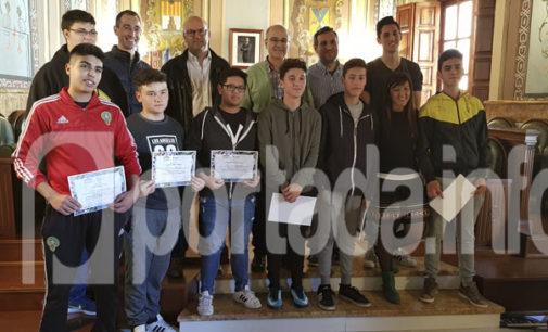 Alumnos de Formación Profesional Básica del IES Navarro Santafé participan en un proyecto para mejorar su autoestima