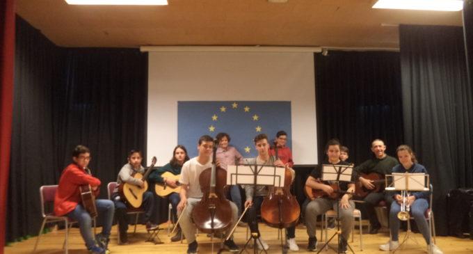 El IES Navarro Santafé celebra el Día de Europa