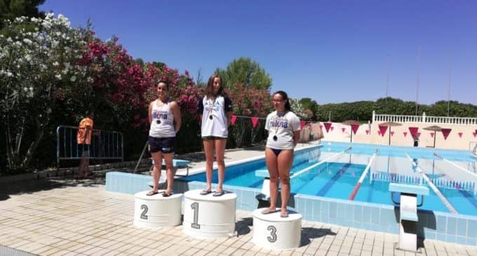 Éxito para el Club Natación Villena en el Trofeo Club Natación Monóvar