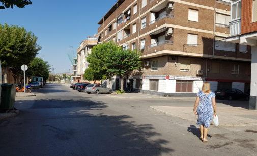 La calle Miguel Hernández contará con 25 plazas de aparcamiento más