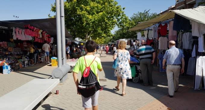 Los mercaderes ambulantes pueden optar a las plazas vacantes del mercadillo de los jueves en Villena