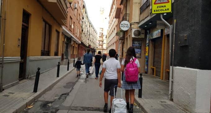 La asistencia en el primer día de colegio rondó el 80%
