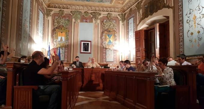 Marca Villena genera un bronco debate entre la edil de Desarrollo y los concejales de la oposición