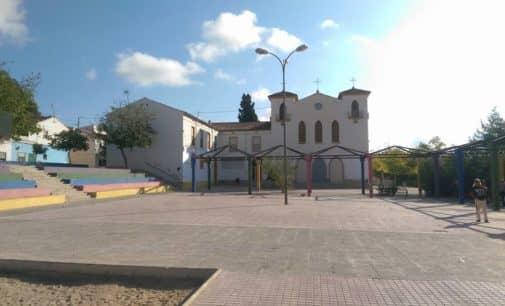 Villena firma un convenio con el Ayuntamiento Dolores para contratar a dos educadoras infantiles