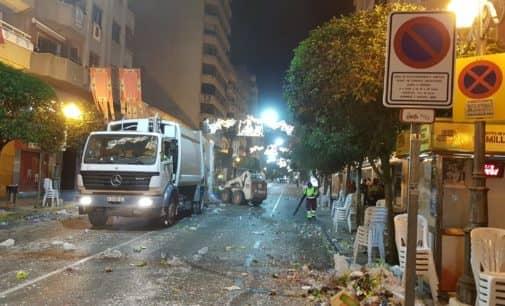 El servicio de limpieza retira 12 toneladas de residuos tras los desfiles de fiestas