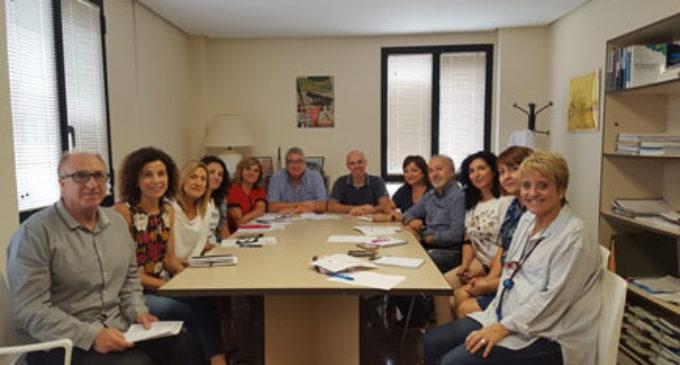 El Foro Económico se reúne con la comisión de Salud Comunitaria del departamento de Elda