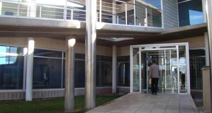 Suspenden las consultas externas en el Centro Sanitario Integrado de Villena y el Hospital de Elda