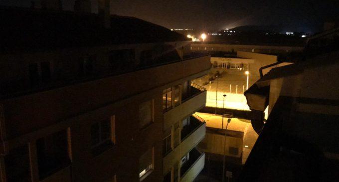 Promesas incumplidas: barrios de Villena siguen a oscuras