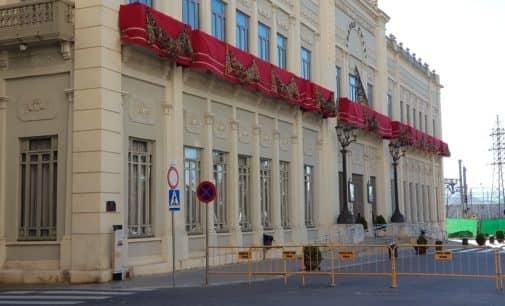 Aprueban instalar un nuevo vallado en el Teatro Chapí