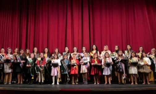 La Junta Central de Fiestas realizará la entrega de peinetas en el teatro Salesiano