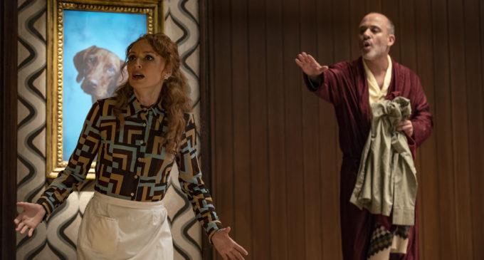 """El actor Javier Gutiérrez llega al Teatro Chapí de Villena con """"Quién es el señor Schmitt?"""""""