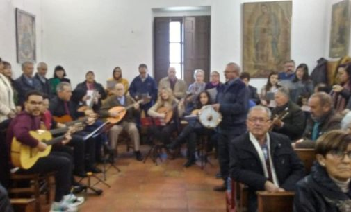 El coro y rondalla de la Agrupación de Navidad y Reyes actuará en Santiago