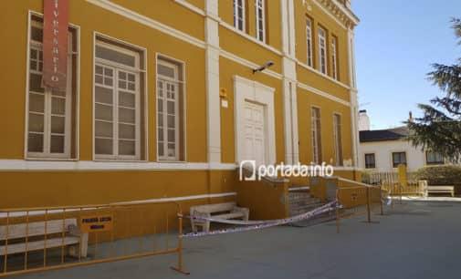Tres mesas del colegio electoral del CEAM y del Teatro Chapí cambian de ubicación