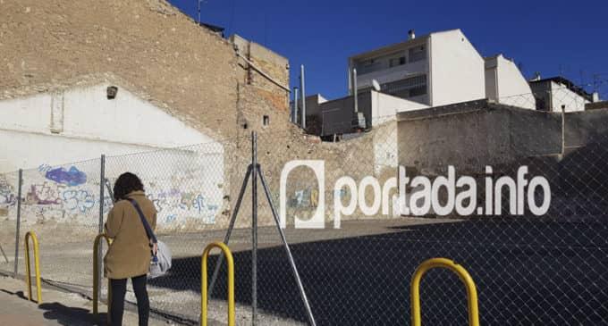 El propietario del solar de Sancho Medina lleva dos años reclamando el pago de un alquiler
