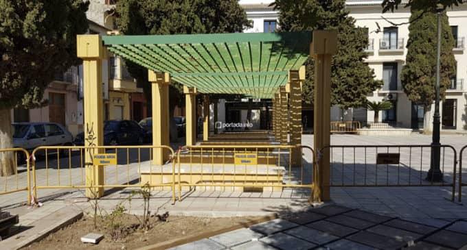 Jardines plantea revegetar la marquesina de la plaza Las Malvas