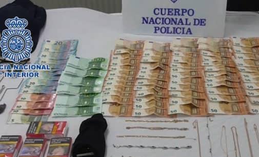 La Policía Nacional desarticula un grupo especializado en  robos en domicilios que actuó en Villena