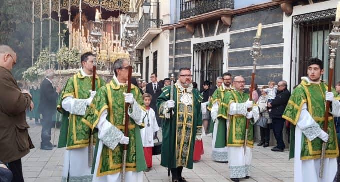 Caluroso Domingo de Ramos en Villena