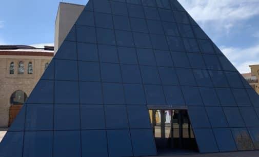 Esquerra Unida de Villena propone ceder los espacios de la pirámide para ensayos artísticos