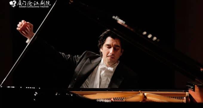 """El pianista Pablo Amorós actúa en el Teatro Chapí con """"Noche Española"""""""