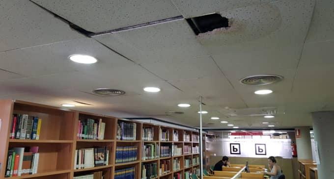 Villena invertirá 9.000 euros en modificar la escayola de la biblioteca Miguel Hernández