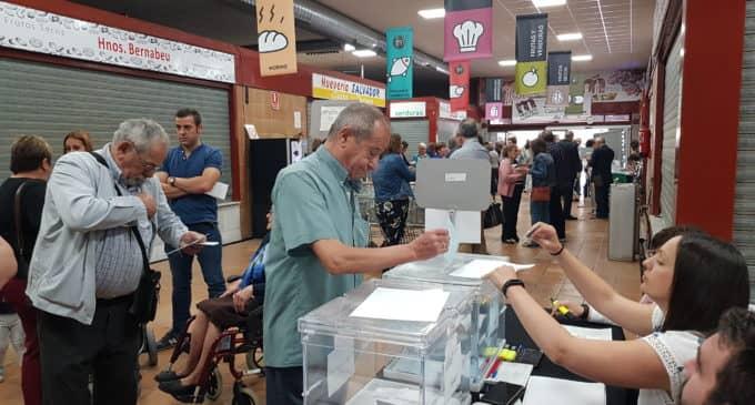 La participación en las elecciones municipales supera el 40 por ciento