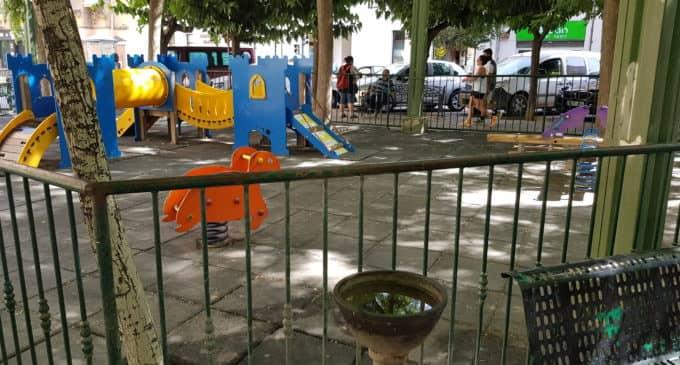 Villena invertirá casi 98.000 euros en adecuar la zona de juegos del parque la plaza El Rollo