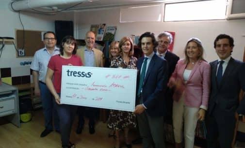 APADIS impulsa la remodelación de su biblioteca con el apoyo de Tressis